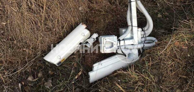 Отрязаха с флекс камера на тол системата (СНИМКИ)