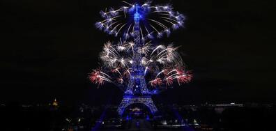Зрелищен финал на националния празник на Франция (ВИДЕО+СНИМКИ)