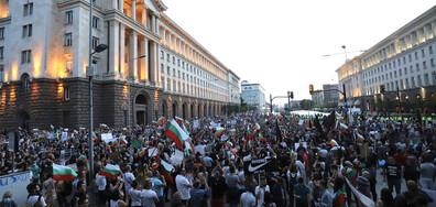 Без ескалация на напрежението приключи седмият ден на протести в София