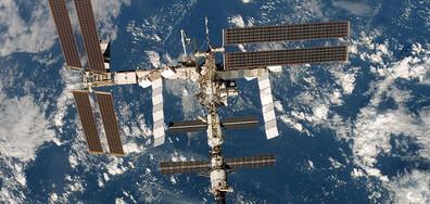 Процепът на МКС не застрашава екипажа