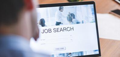 Ръст на обявите за работа онлайн през март