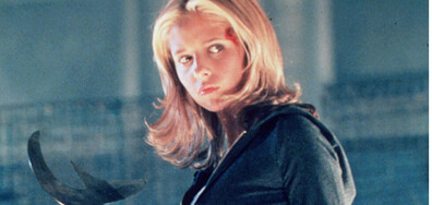 Помните ли Бъфи, убийцата на вампири? Ето как изглежда актрисата днес (ГАЛЕРИЯ)