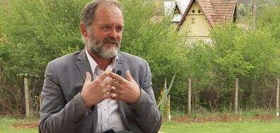 Български учен ръководи проектите си от габровско село (ВИДЕО)