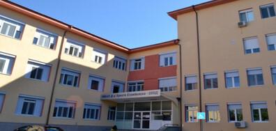 Болницата в Казанлък спира приема на пациенти с COVID-19