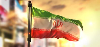 Иран гласува за президент
