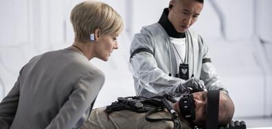Мат Деймън и Джоди Фостър в титанична битка по NOVA