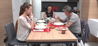 """Славея Сиракова изкушава гостите с испански кулинарни специалитети в """"Черешката на тортата"""""""