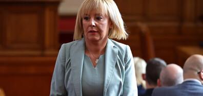 """Манолова предлага предизборно споразумение на ИБГНИ, ДБ и """"Продължаваме промяната"""""""
