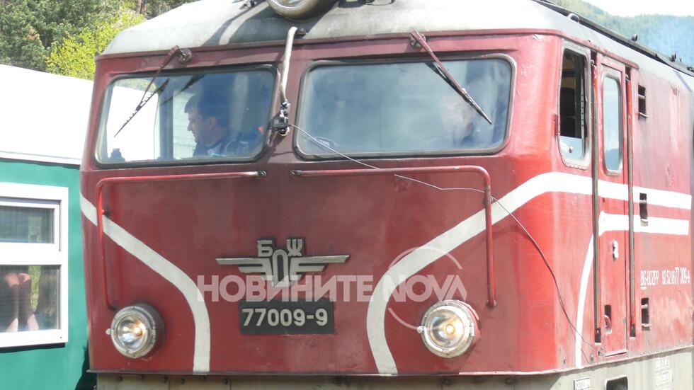 1cdc6f334a5 Влак се удари в скали в Пловдивско - NOVA