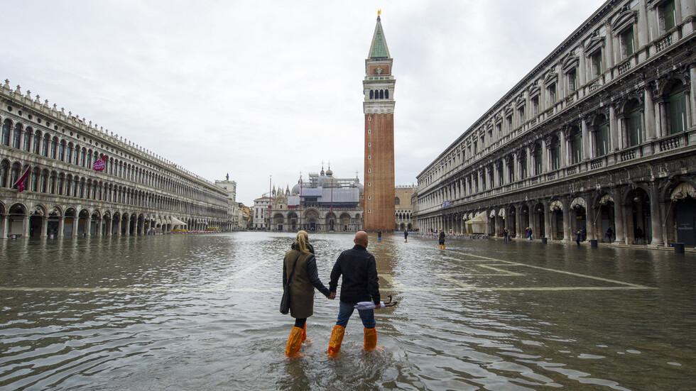Извънредно положение във Венеция заради проливните дъждове