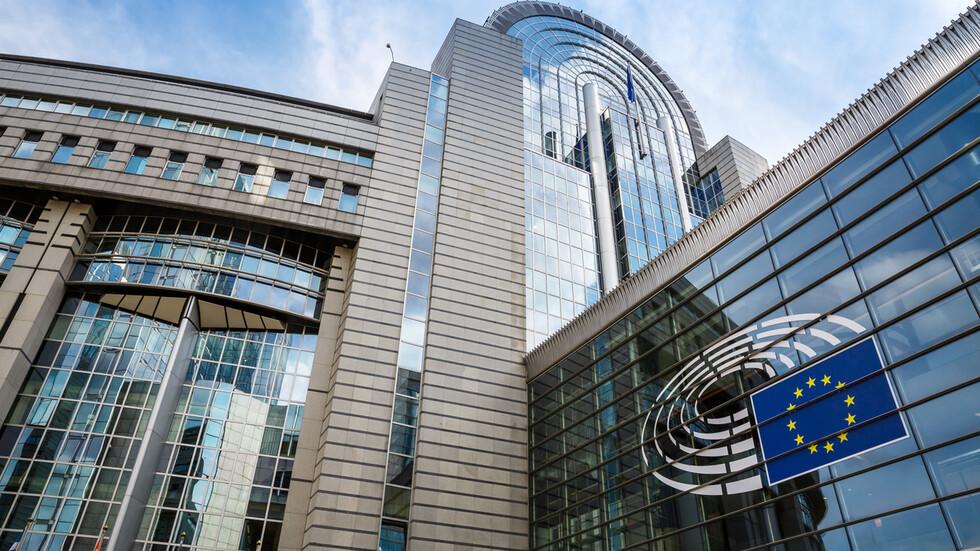 Министрите на вътрешните работи на ЕС се срещат в Брюксел за COVID ...