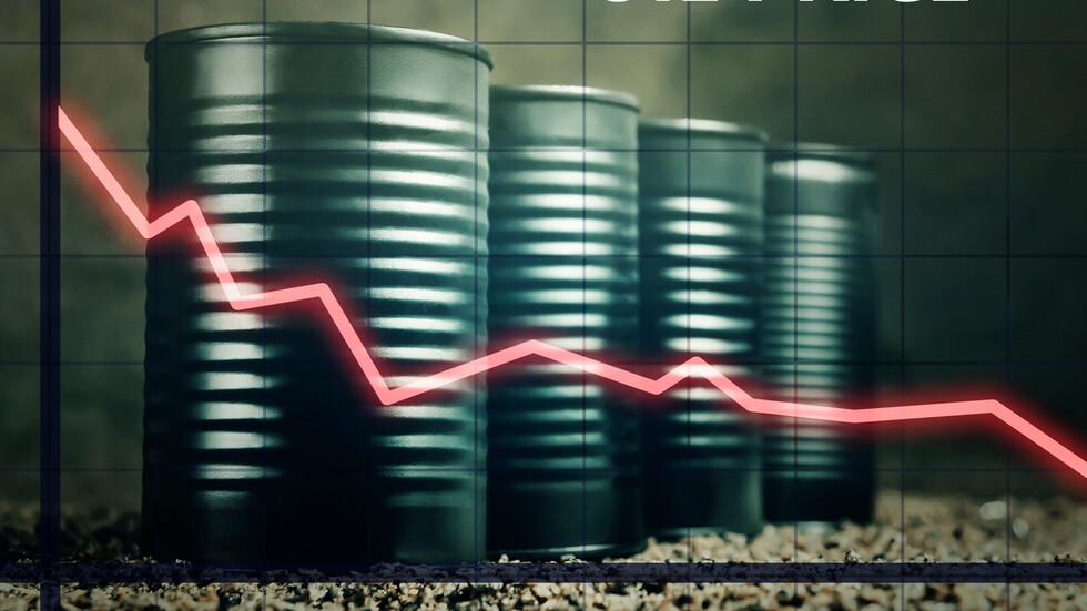 Експерти: Рекордно ниските цени на петрола ще се запазят още ...
