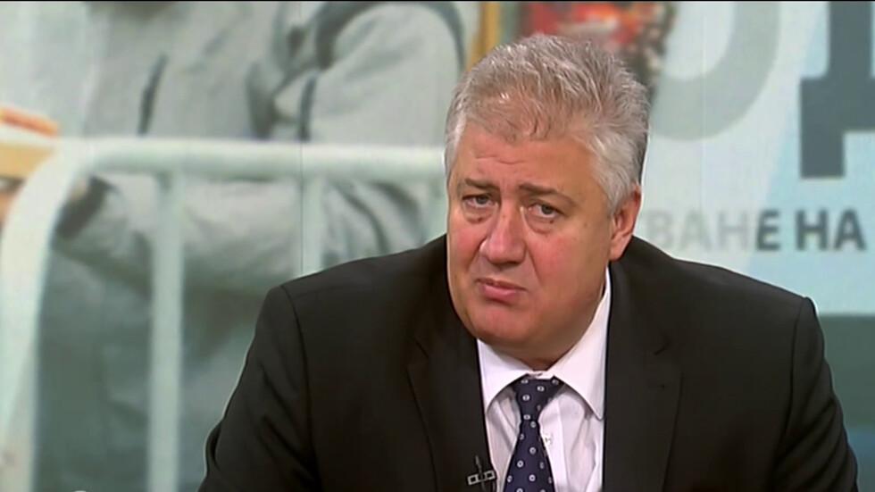 Проф. Балтов: Очакваме броят на новозаразените да намалее в следващите 10 дни