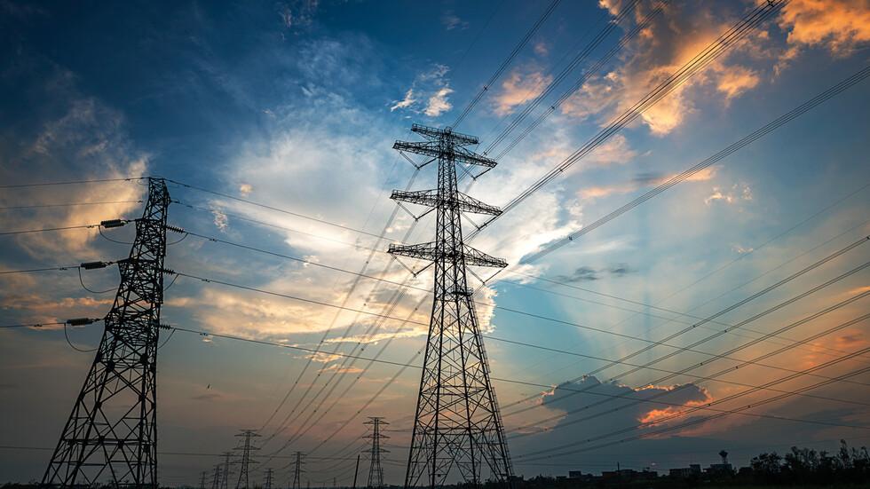Плевенско село на бунт заради чести прекъсвания на тока