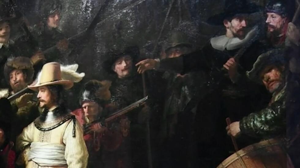 """Възстановиха картината """"Нощна стража"""" в оригиналния й вид (ВИДЕО)"""