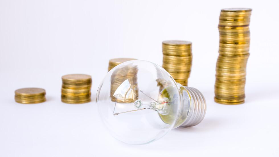 Фирми се задъхват заради високата цена на тока, правителството обеща мерки (ОБЗОР)