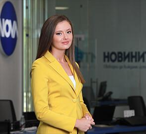 Глория Николова