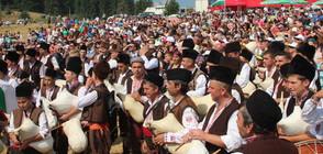 Започна националният фолклорен събор в Рожен (ВИДЕО+СНИМКИ)