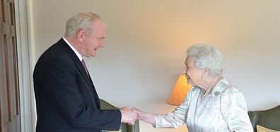 Кралица Елизабет Втора: Все още съм жива
