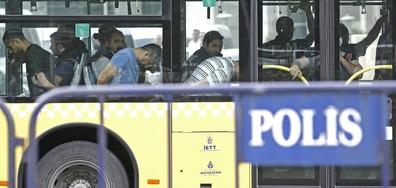 Турция освободи 1200 от арестуваните военни