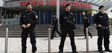 ПОМЕТЕНА ОТ ТЪЛПАТА: Българка пострадала в дъжда от куршуми в мола