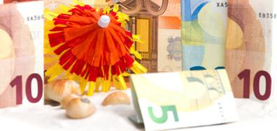 ПОЧИВКА В ДЪЛГОВЕ: Теглим кредити за ваканция през лятото