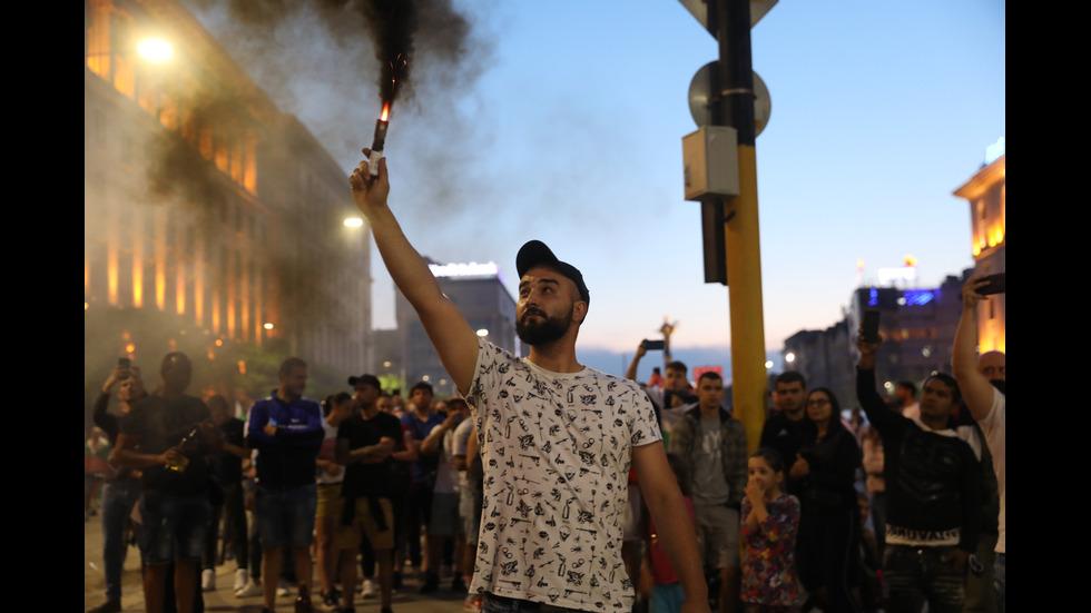 Седма поредна вечер на протести в центъра на София