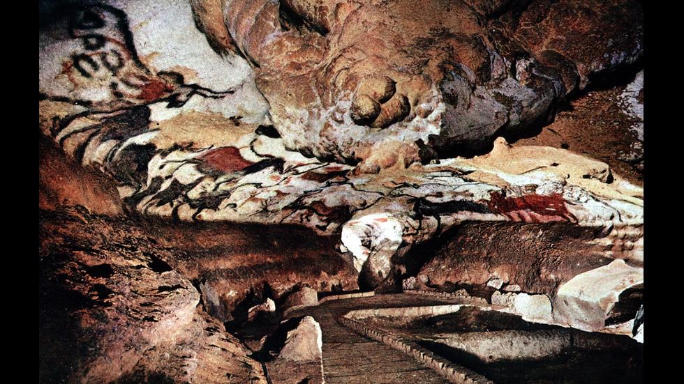 Резултат с изображение за пещерата Ласко, Франция.