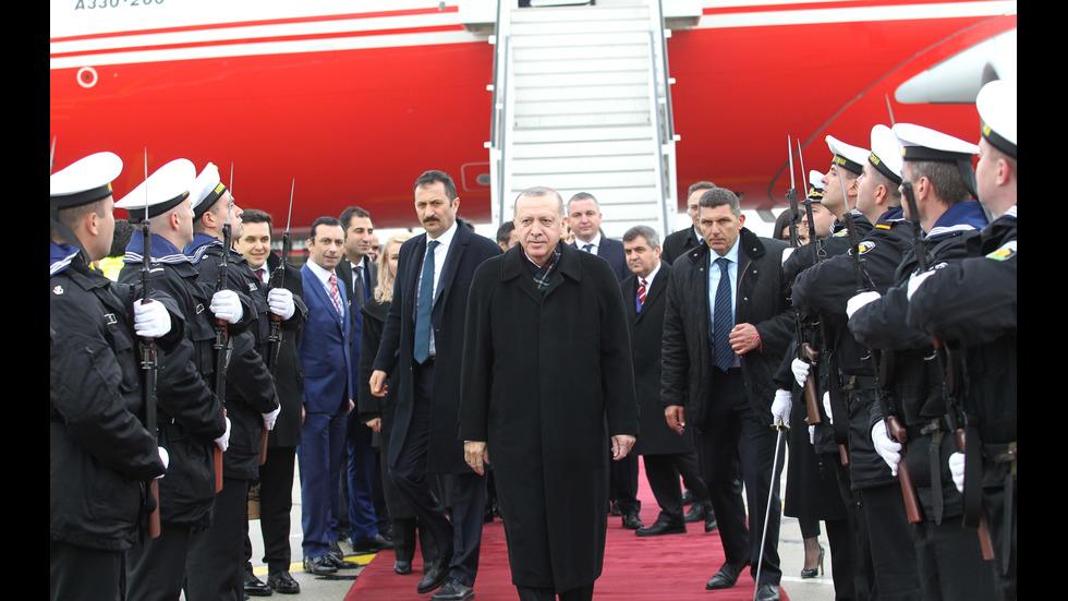 Реджеп Ердоган и Доналд Туск пристигнаха във Варна