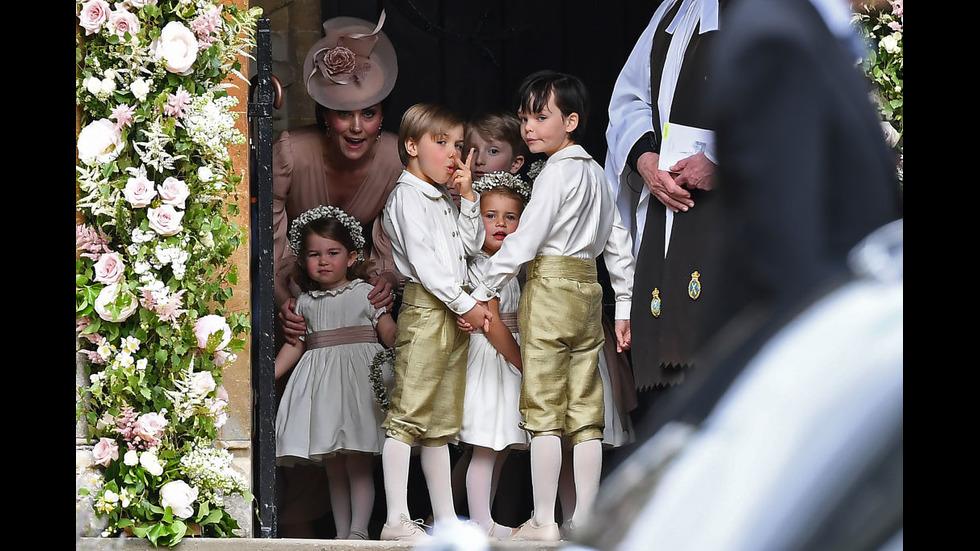 Принцеса Шарлот – очарователна на сватбата на Пипа