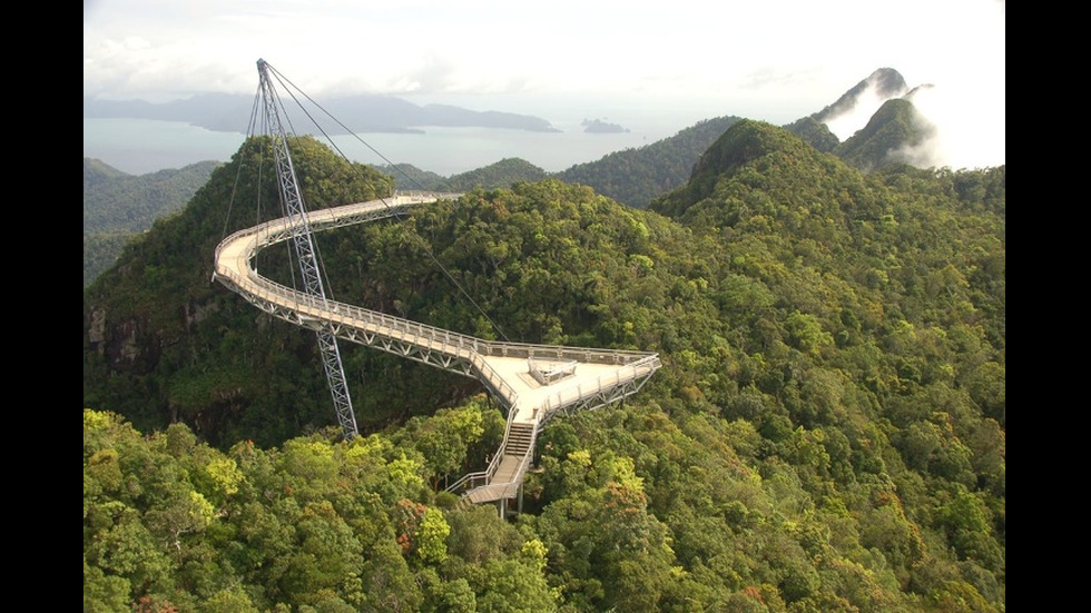 15 спиращи дъха мостове