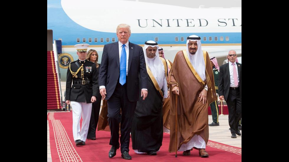 Мелания Тръмп - без шал на главата в Саудитска Арабия
