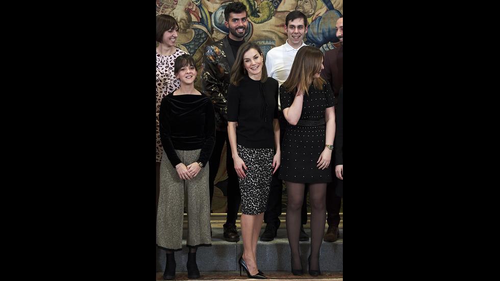 Кралицата на Испания показа, че леопардовият принт може да е стилен