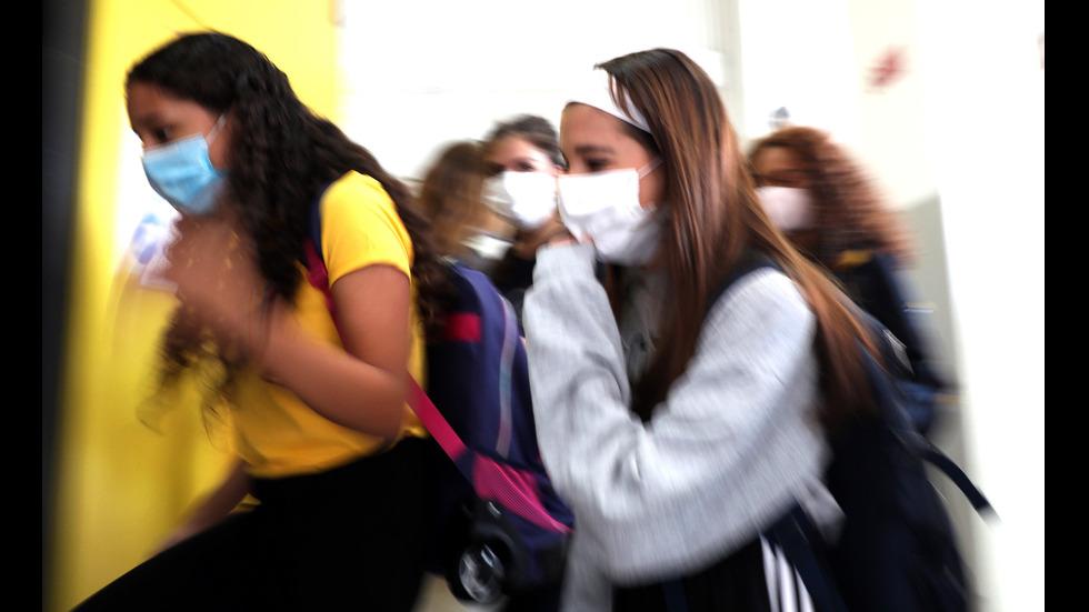 Италианските училища отново отвориха врати