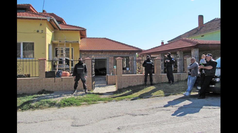"""След разследване на NOVA: Акция срещу """"ало"""" измамниците във Ветово"""