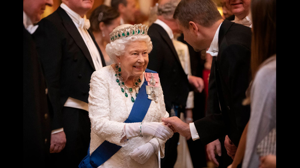 Кралски стил на дипломатически прием в Бъкингамския дворец