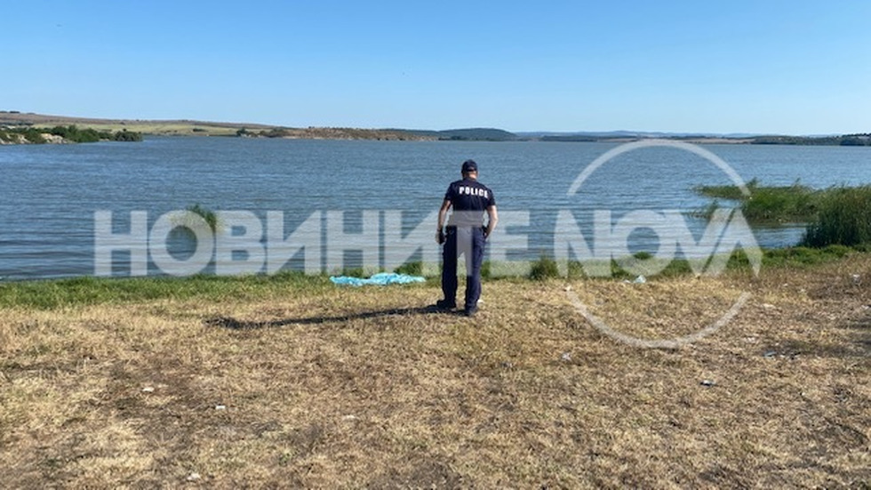 Две деца се удавиха в езеро край Бургас