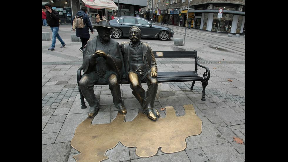 Вандали откраднаха бастуна на Пенчо Славейков