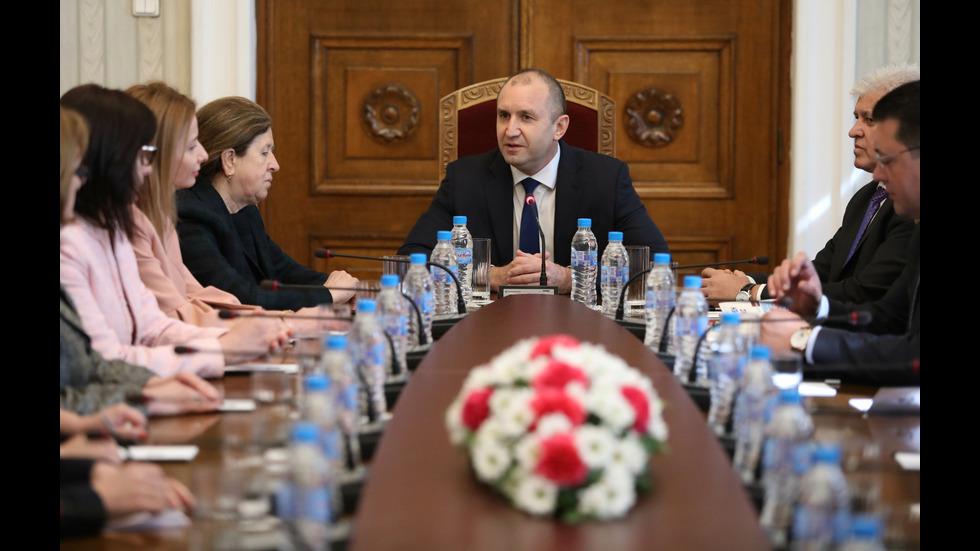 Президентът Румен Радев се срещна с новото ръководство на ЦИК