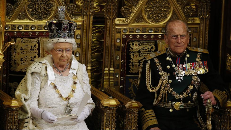 Кралица Елизабет и принц Филип празнуват годишнина от сватбата си