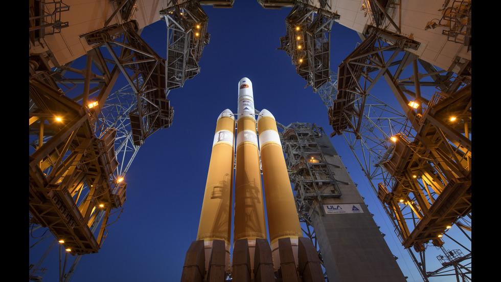 """НАСА изстреля космическата сонда """"Паркър"""""""