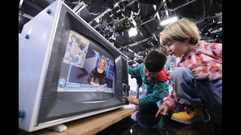 В Световния ден на телевизията: специални гости в NOVA