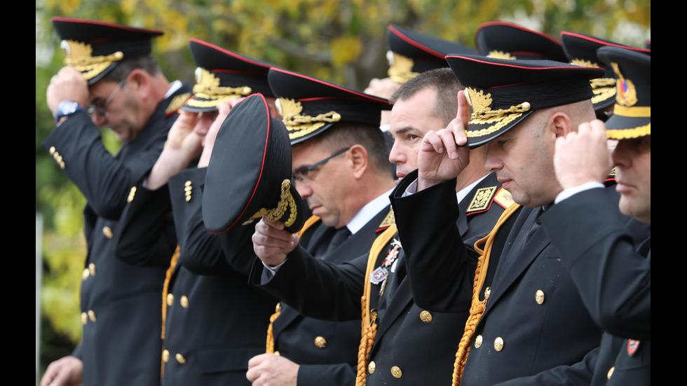 8 НОЕМВРИ: На Архангеловден празнуват полицаите