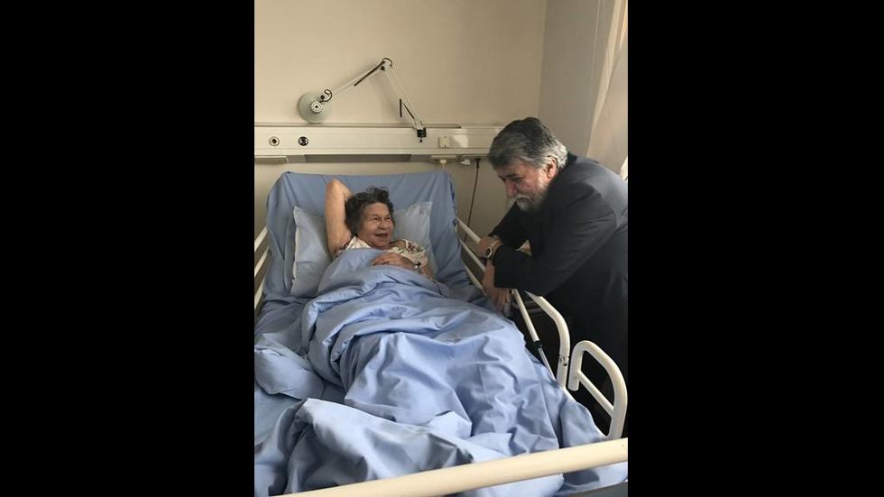 Вежди Рашидов посети Стоянка Мутафова в болницата