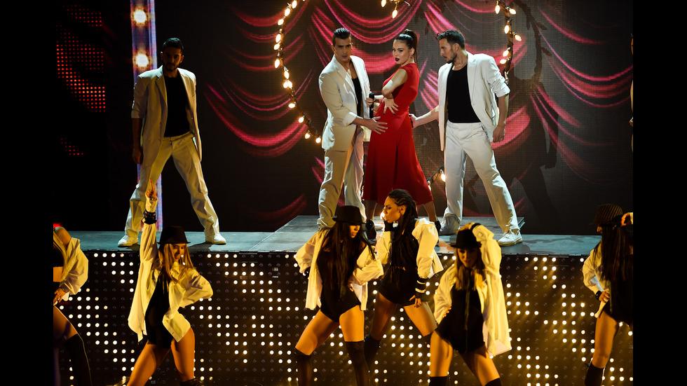 Нощта на дуетите в седмия лайв концерт в X Factor