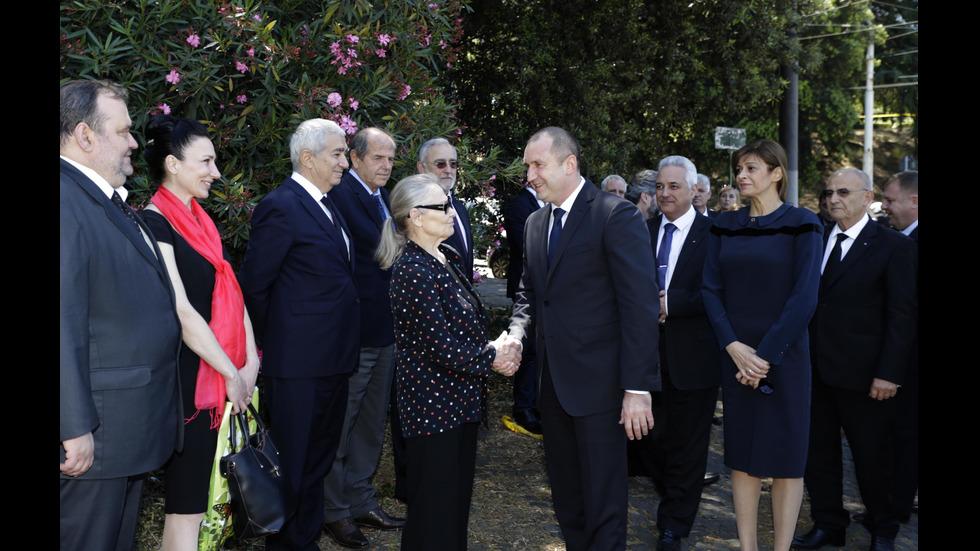 Президентът Радев поднесе цветя пред паметниците на Иван Вазов и на братята Св. Св. Кирил и Методий в Рим