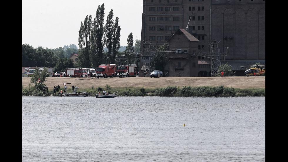 Самолет падна в река в Полша