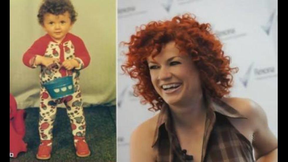 Певицата Люси Дяковска на 2 годинки