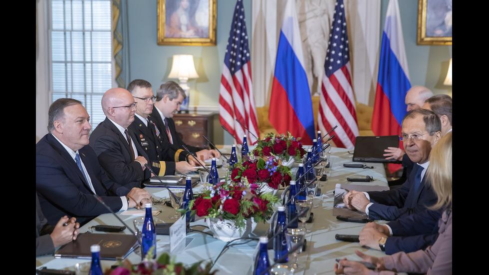 Помпео заплаши Русия с ответни мерки, ако се намеси в президентските избори в САЩ