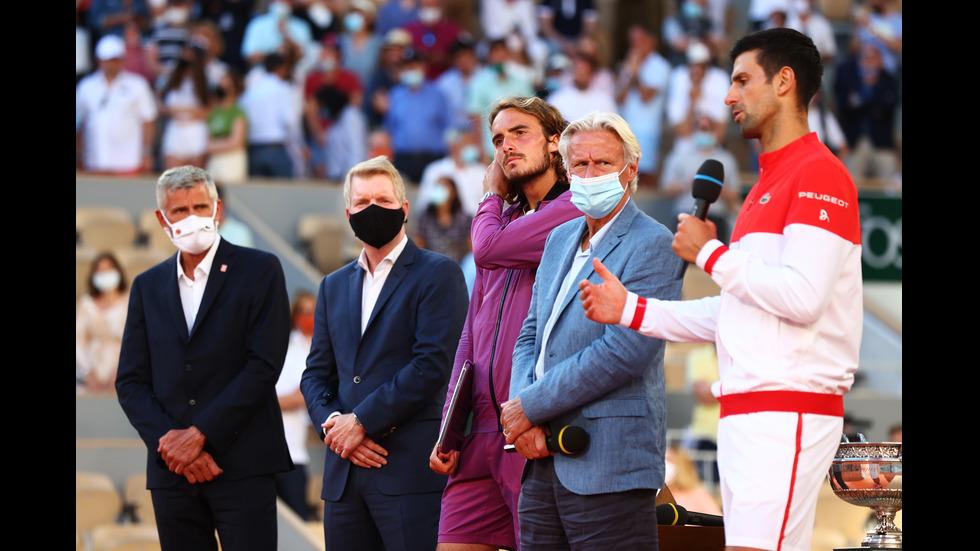 """След епична битка: Джокович триумфира на """"Ролан Гарос"""""""